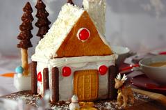 クリスマスサンタのお家ケーキ
