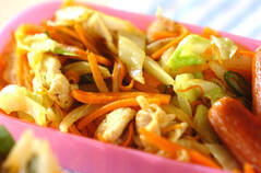 カレー風味の野菜炒め