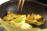 キャベツと油揚げのみそ炒めの作り方3