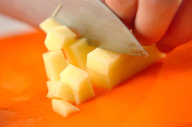 ジャガイモのキムチ和えの作り方の手順1