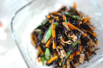 芽ヒジキと油揚げの煮物+混ぜ巻き寿司