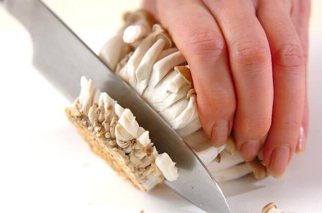 キノコのゴマダレ和えの作り方の手順1
