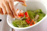 レタスのジンジャースープの作り方1