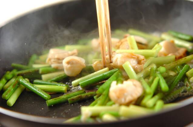 ニンニクの芽のシンプル炒めの作り方の手順4