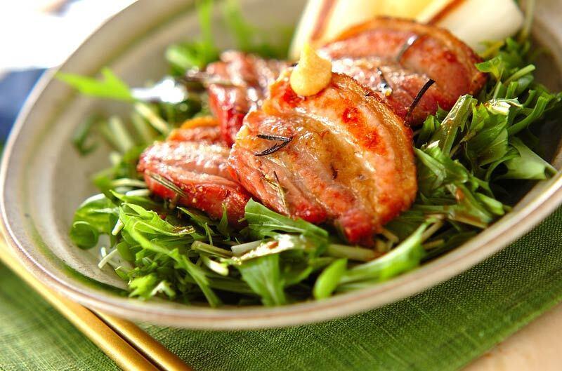 3.豚バラ肉のハーブ焼き