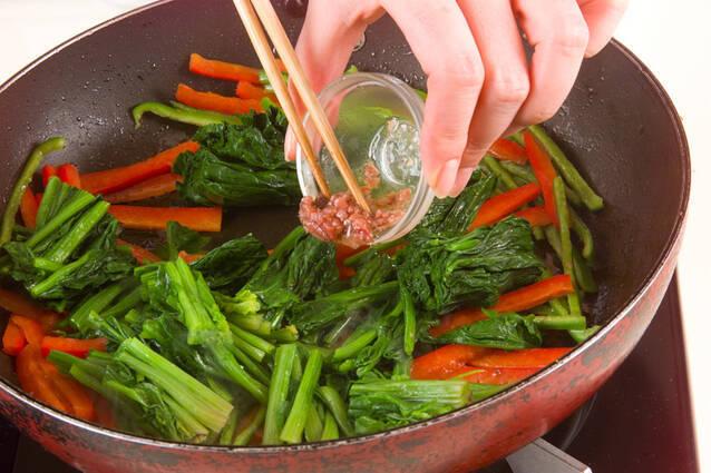 ホウレン草のアンチョビ炒めの作り方の手順4