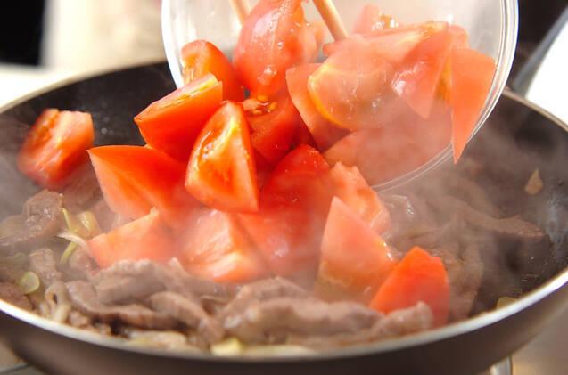 カルビ肉のトマト甘酢炒めの作り方の手順7