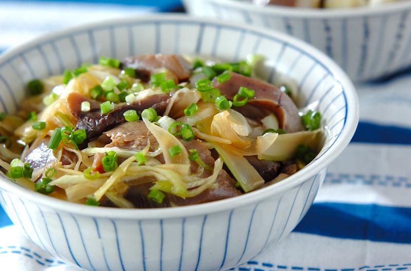 野菜のカツオづけ丼