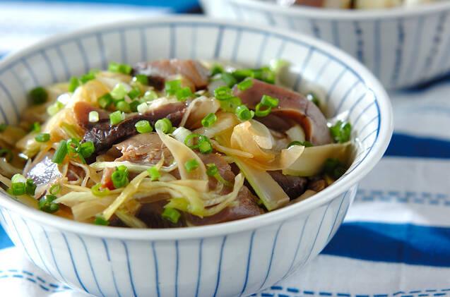たっぷり野菜のカツオ漬け丼