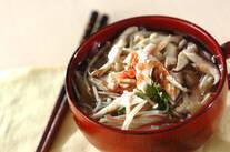 素麺とエノキのさっぱり冷梅汁