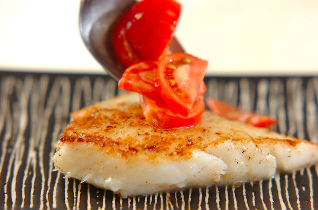 白身魚のフレッシュトマトソースの作り方の手順4