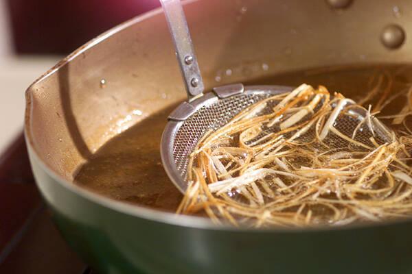 淡い緑のスープの作り方の手順1