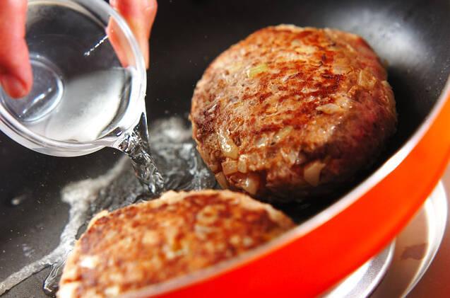 チーズハンバーグの作り方の手順3
