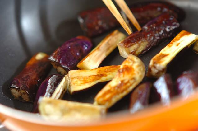 トロトロナスと豚肉の甘辛オイスター炒めの作り方の手順2