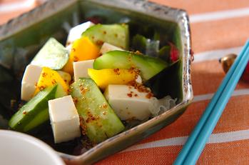 豆腐と海藻のサラダ
