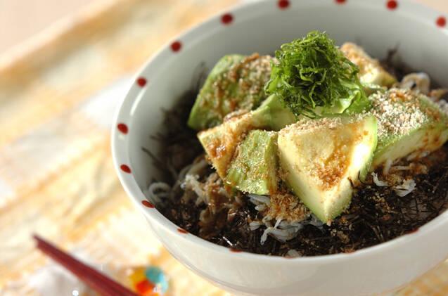 「しらすとご飯」アレンジレシピ15選!おにぎり・お弁当にも◎の画像