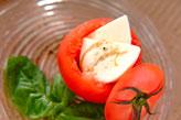 トマトとチーズのサラダ