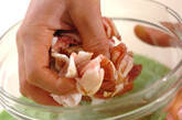 豚肉と小松菜のからししょうゆ和えの作り方1