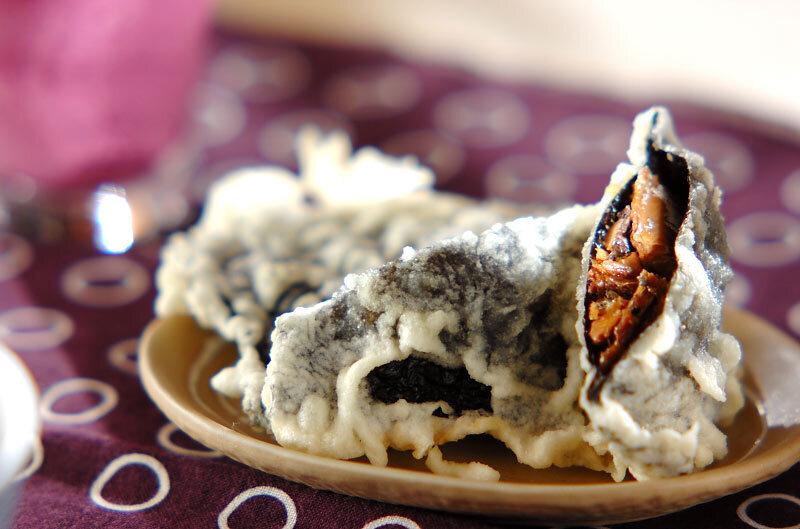 和食器に盛られたさんま缶ののり天ぷら