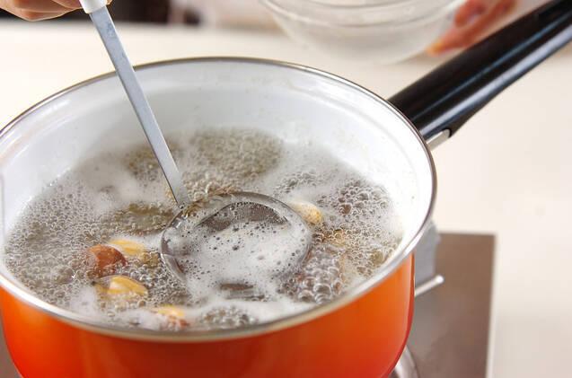 シイタケとアサリのスープの作り方の手順4
