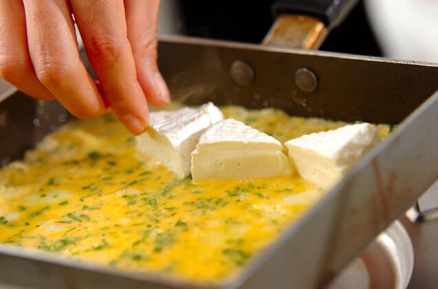 チーズ入り卵焼きの作り方の手順4