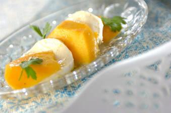 マンゴーとチーズのマリネ