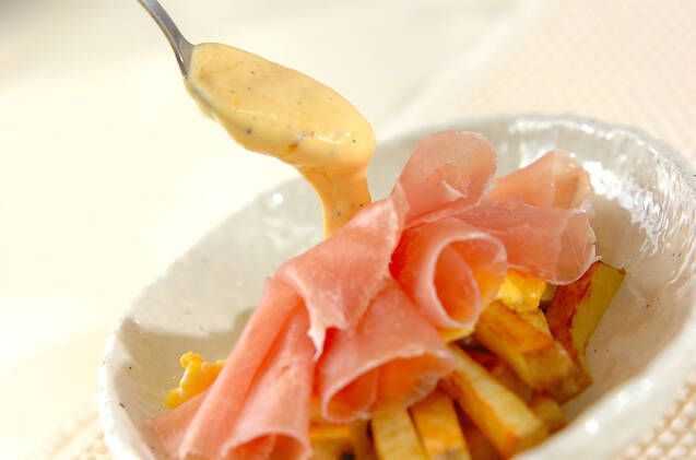 ジャガイモと半熟卵のアリオリソースの作り方の手順4