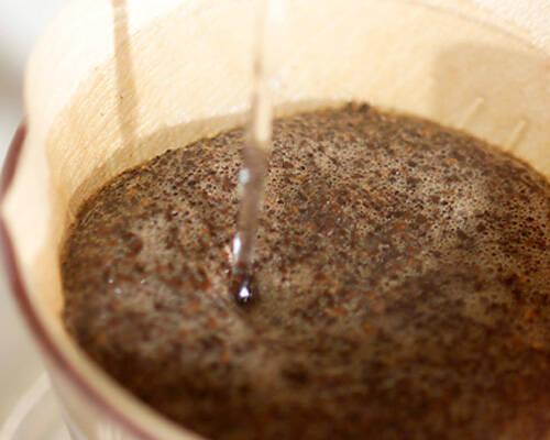 チョコラータ・カルダ風の作り方の手順1