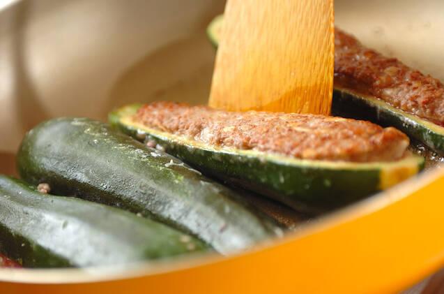ズッキーニの肉詰め焼きの作り方の手順6