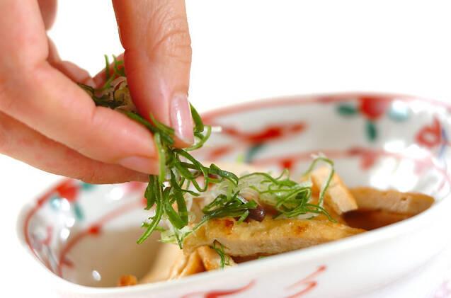 エリンギと油揚げのポン酢和えの作り方の手順4