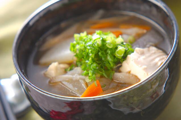 迷ったらこれ!種類別煮魚に合う汁物、おかずの献立レシピ15選