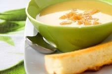 白いガーリックスープ