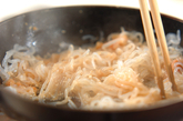 糸コンの明太子炒めの作り方1