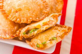 ピザ風揚げ餃子
