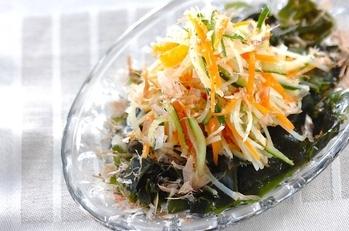 せん切り野菜サラダ