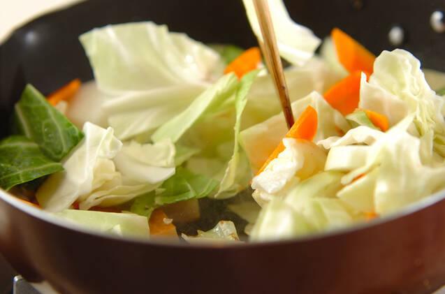 さつま揚げとキャベツの塩昆布炒めの作り方の手順5
