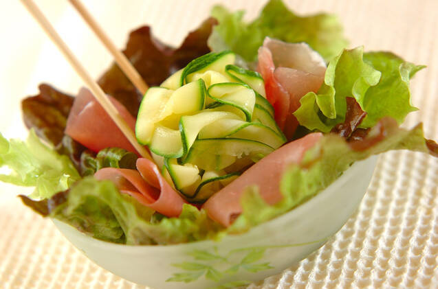 ひらひらズッキーニのサラダの作り方の手順3