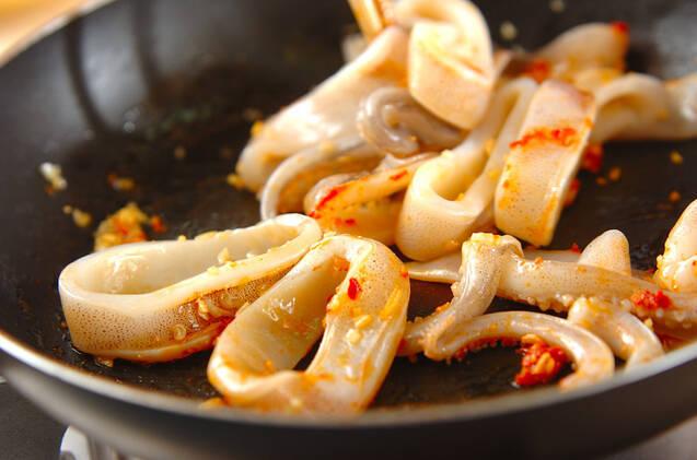 イカのピリ辛ワタ炒めの作り方の手順4