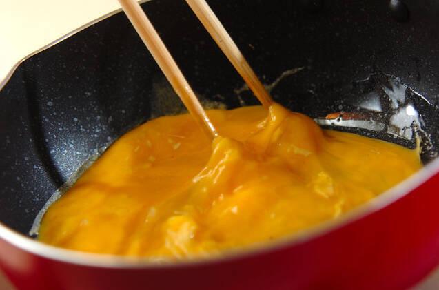 卵のせハヤシライスの作り方の手順8