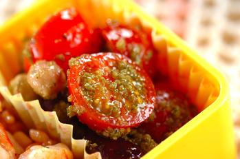 トマトと豆のバジルサラダ