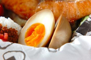 しょうゆ漬けゆで卵