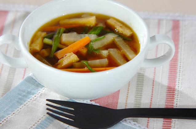油揚げと大根の和風カレースープ