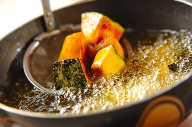 カボチャの中華揚げ煮の作り方の手順1