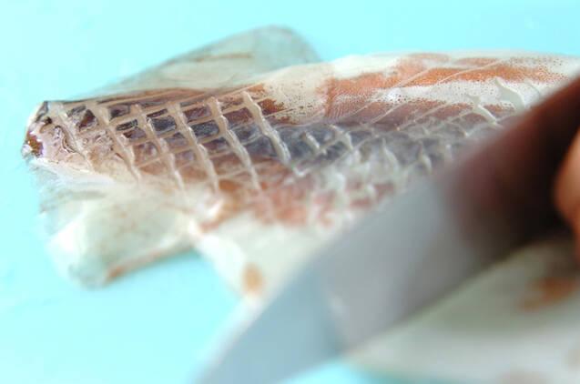 イカのチリソース炒めの作り方の手順1