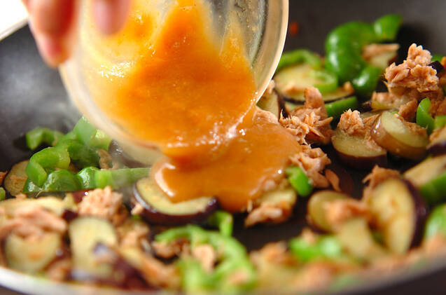 ナスとピーマンのツナみそ炒めの作り方の手順6