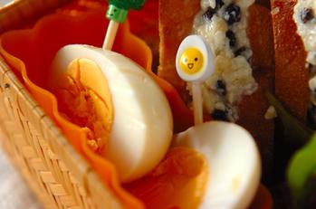 スープ漬けゆで卵