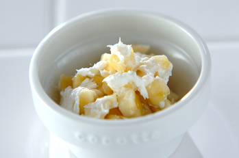 バナナのカッテージチーズ和え