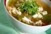 鶏のふわふわ卵白スープ