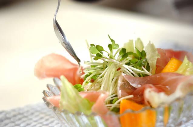 柿と生ハムのサラダの作り方の手順5