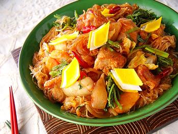 鶏肉と春雨の炒め煮
